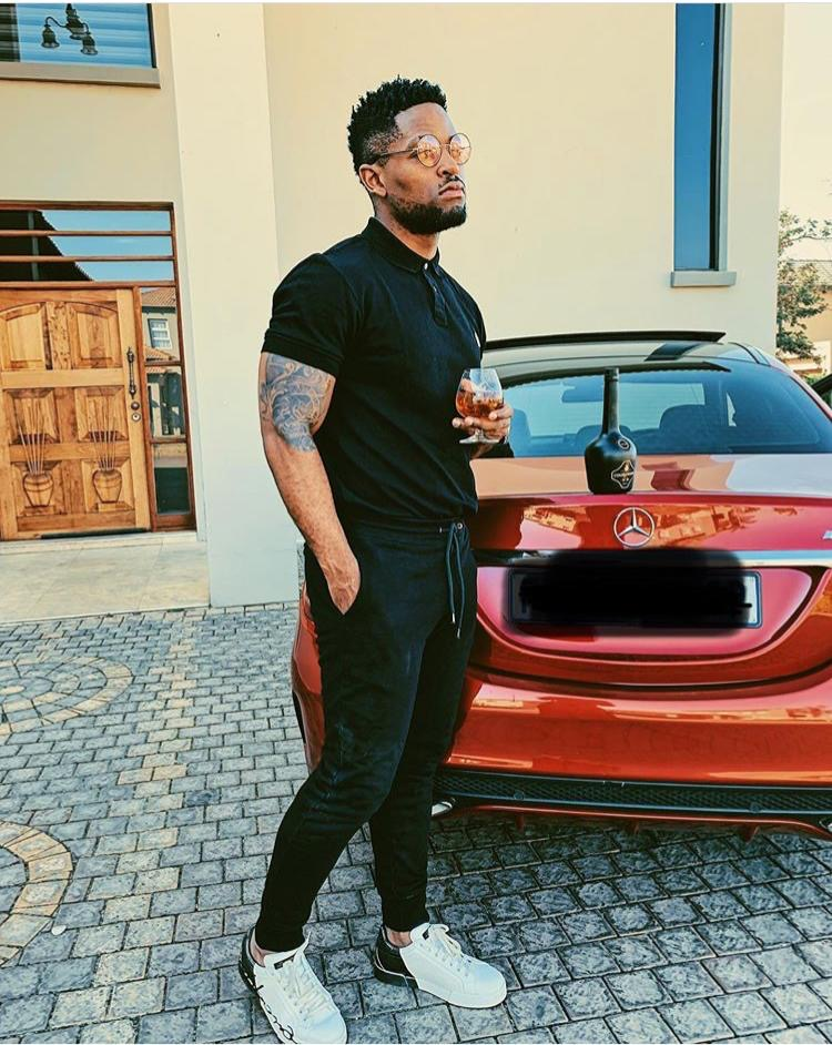 7f6657ca fbdd 4129 a6cd 84ee37cbde07 - Cars Prince Kaybee is driving